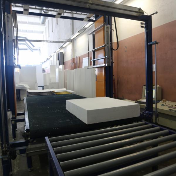TENAPORS siltumizolācijas materiālu ražošana ar ESTUN servo piedziņu-1